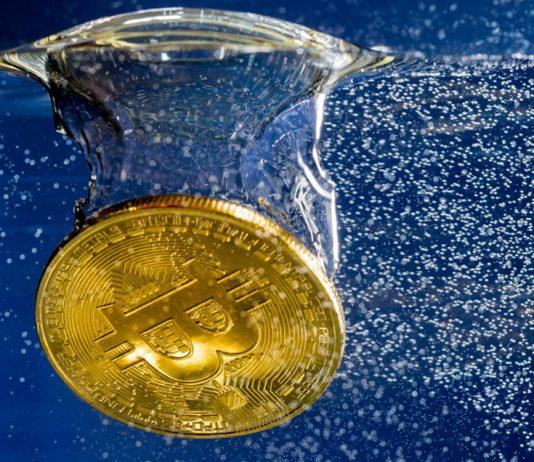 Potvrdilo se nám prasknutí bubliny? Bitcoin vytvořil nižší maximum!