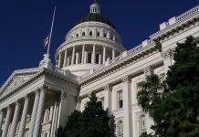 Demokraté o krok blíže k ovládnutí Senátu – Špatná zpráva pro dolar a akciový trh?